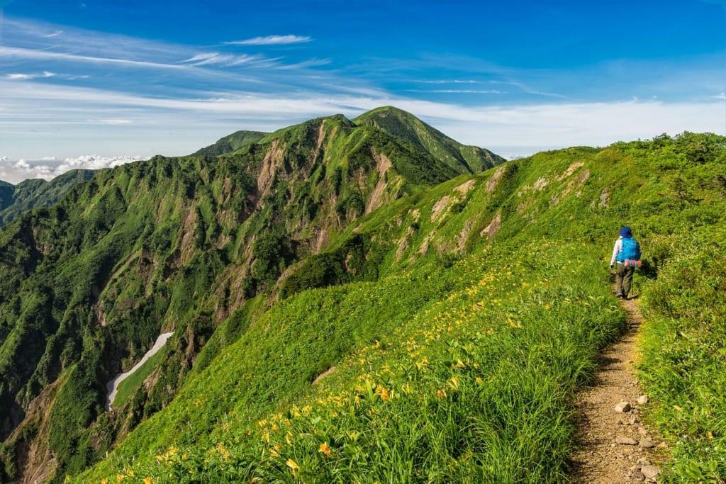 trekking-2298170_1280